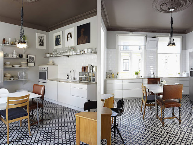 black and white kitchen | Decorator\'s Notebook blog