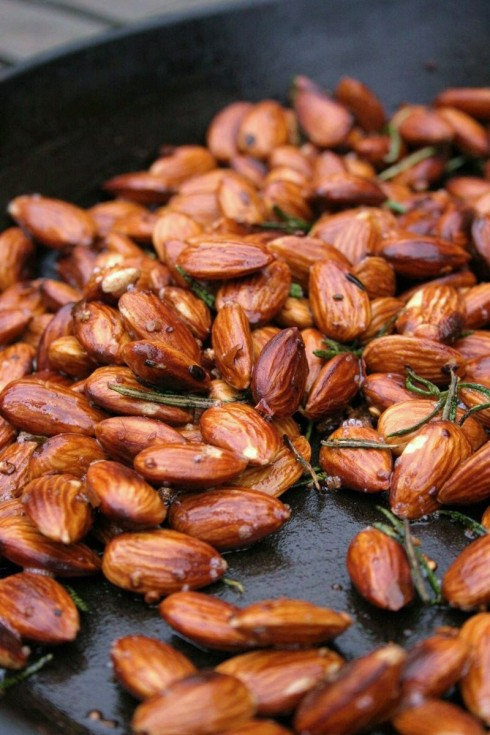 garlic rosemary and chilli almond recipe
