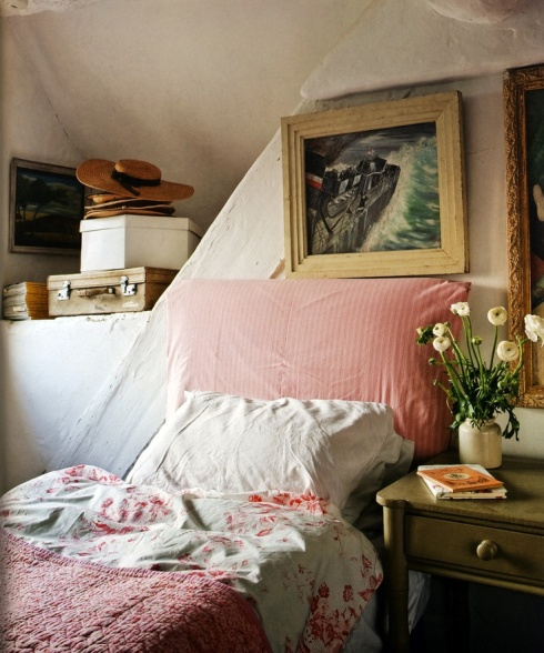 country style guest bedroom