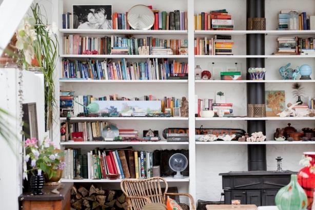 whole wall bookshelf plans