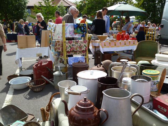vintage enamel Frome flea market