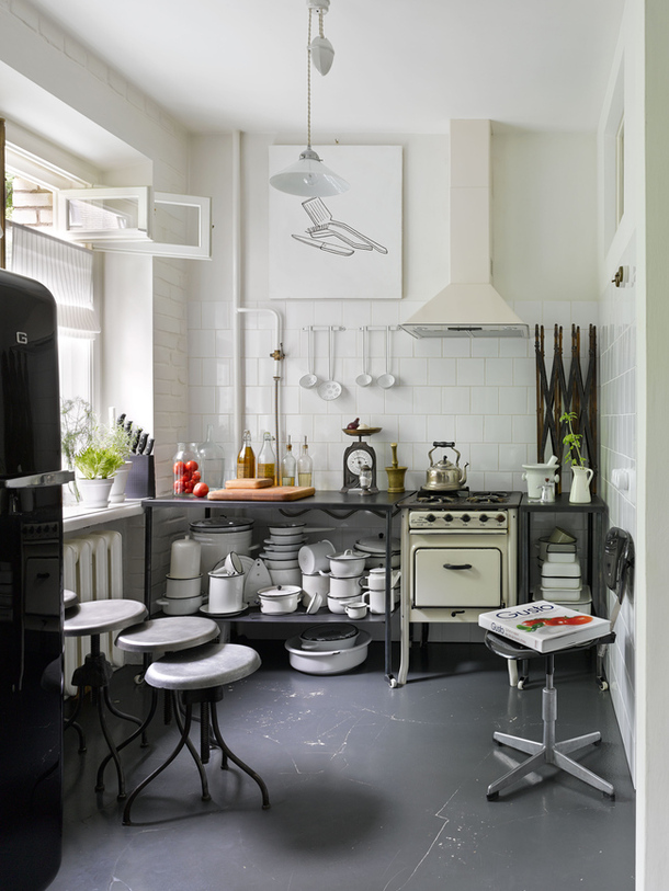 House Tour: Soviet chic in a Moscow - Decorator's Notebook