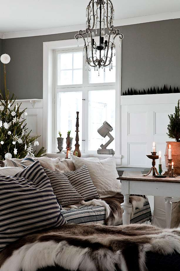 House tour: Christmas Scandinavian style - Decorator's Notebook
