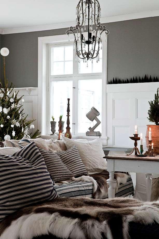 House tour: Christmas Scandinavian style - Decorator's ...