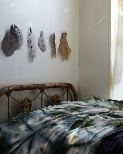 tie dye bedspread
